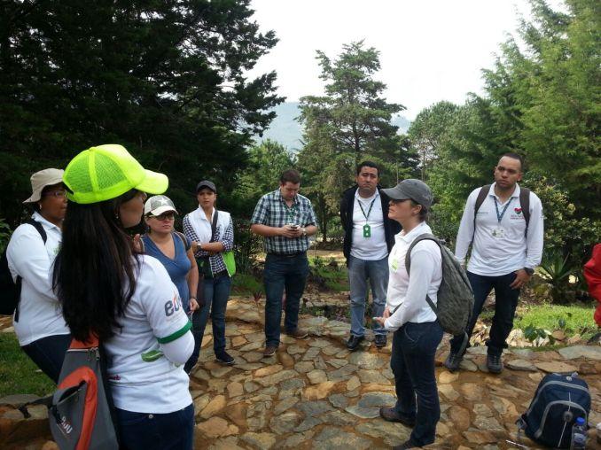 Parque Arví visitando el Camino de la Vida