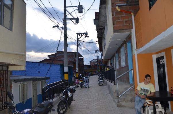 Paseo Urbano de Tres Esquinas