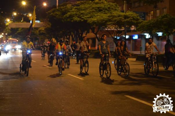 SiCLeada nocturna por Medellín