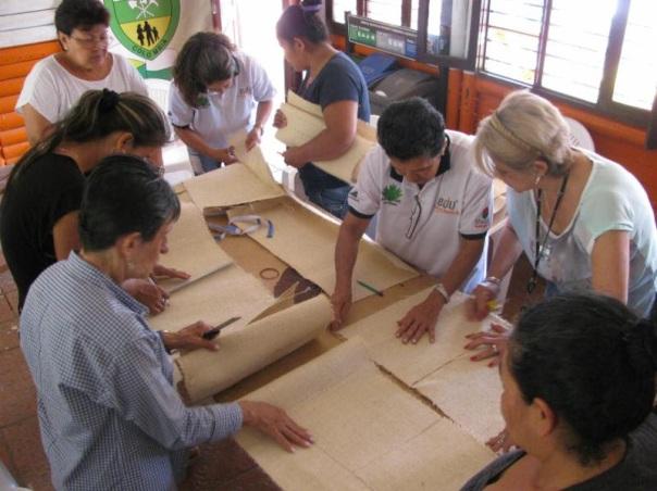 Artesanos de la ciudad elaboran productos basados en el fique