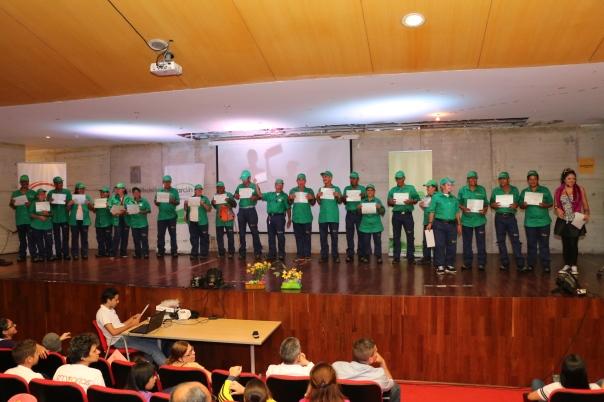 Acto de reconocimiento a los recicladores que hicieron parte del programa, 28 en total.